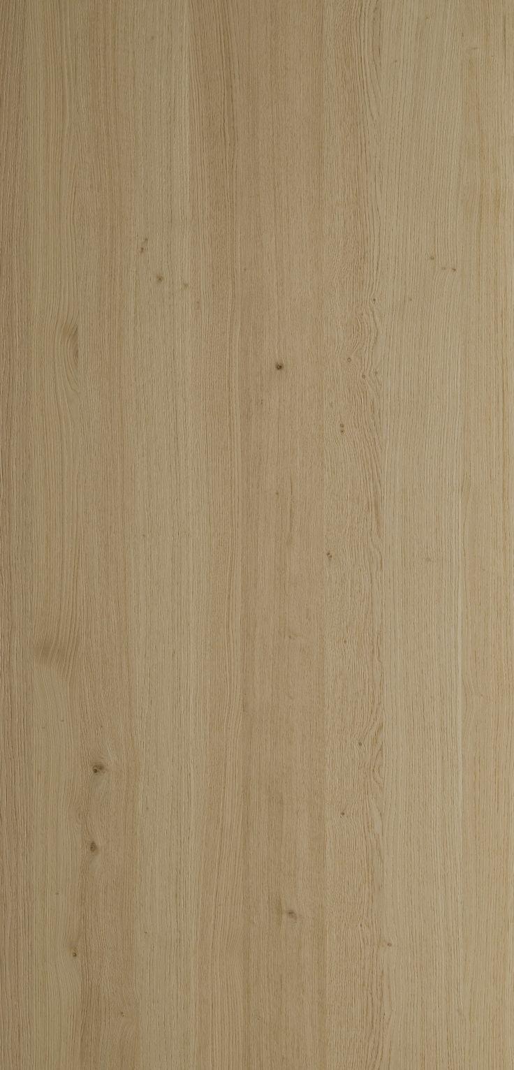 Natural brushed flamed oak finish