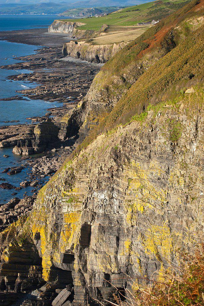 Coastal Path, Falaises de Penderi, Pays de Galles Visit Wales