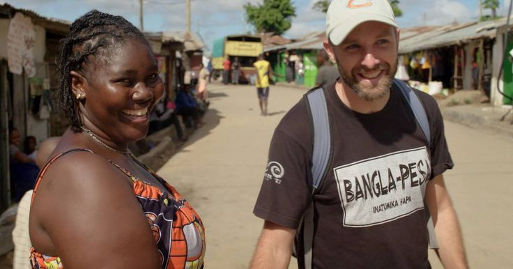 De Amerikaanse fysicus en econoom Will Ruddick woont in Kenia en heeft er in enkele sloppenwijken een complementaire munt ingevoerd.