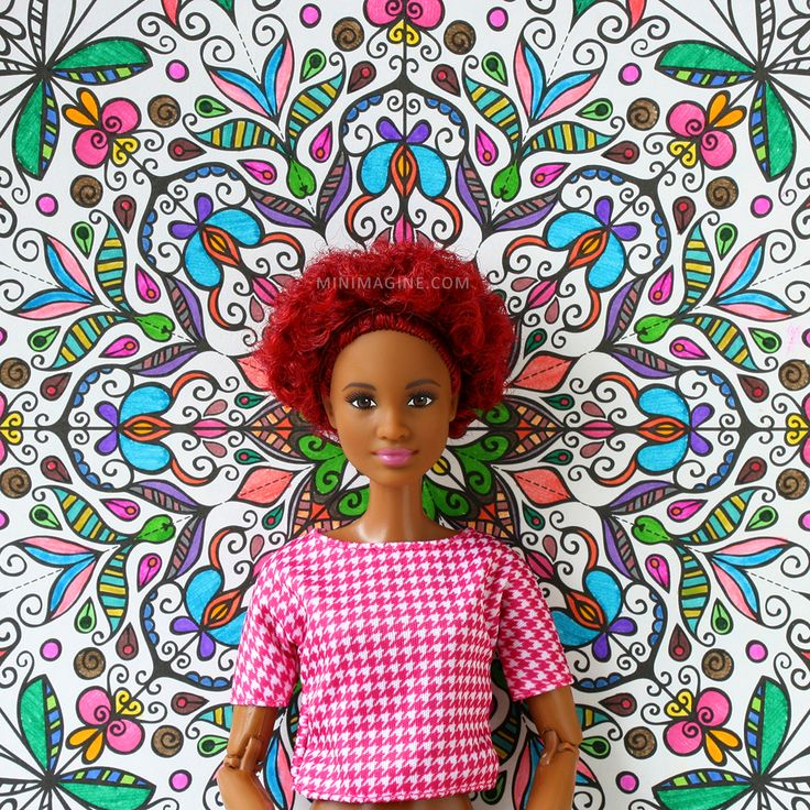 Minimagine: KALEIDOSCOPES#fashinistas #barbiefashionistas #barbiecillector #barbiemadetomove #mtmbarbie #dollphotography