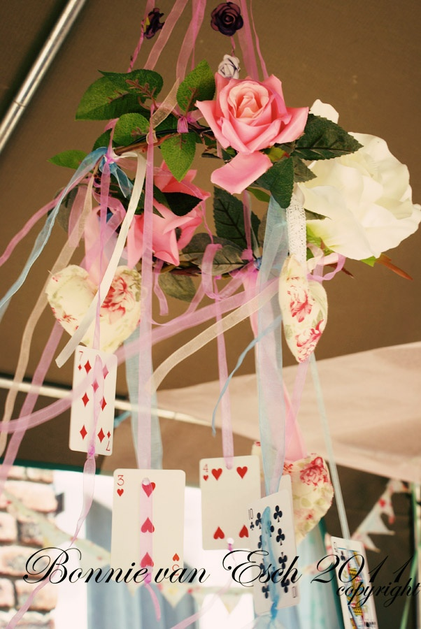 Living life creatively...Alice centerpiece-chandalier hanging cards