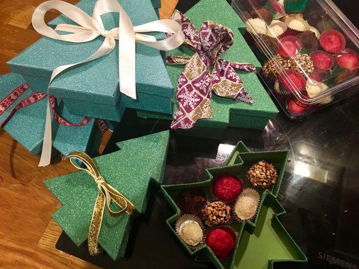 Handmade christmas chcolate truffles