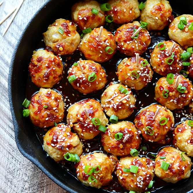 Add some zing to your meatballs and make a homemade kung pao sauce with 100% clean eating ingredients! Everyone will love these Kung Pao Chicken Meatballs. So I have officially given every reason …