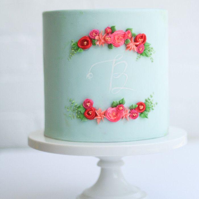 Single Tier Wedding Cakes with Fresh Flowers | buttercream flowers on aqua fondant by erica obrien cake design blog