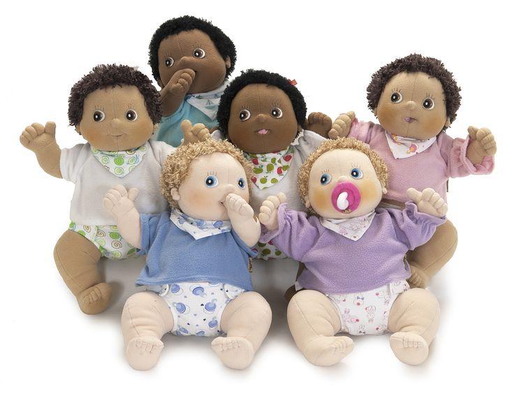 Alle handgemaakte babypoppen van Rubens Barn bij elkaar!