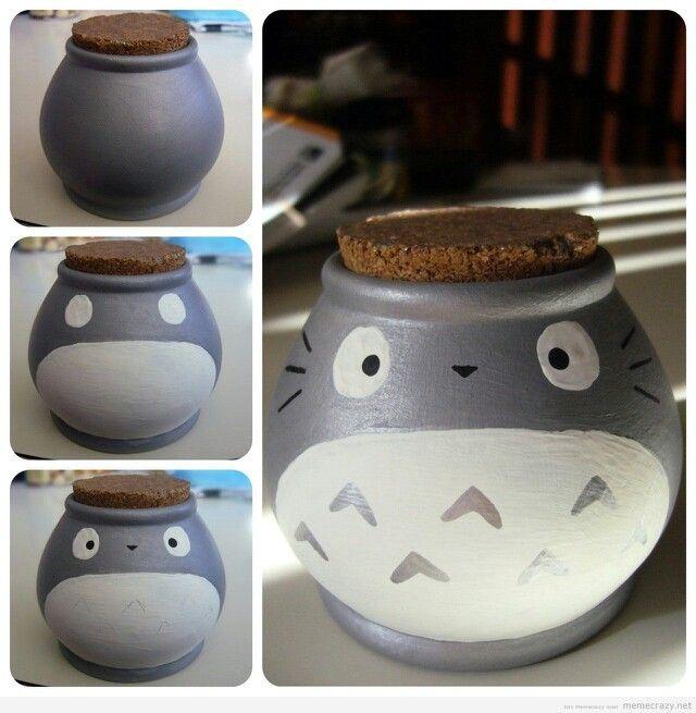 Pot en verre customisé avec Totoro