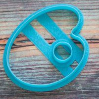 """Cookie cutters shape """"palette with a hole"""" 8.5 cm"""