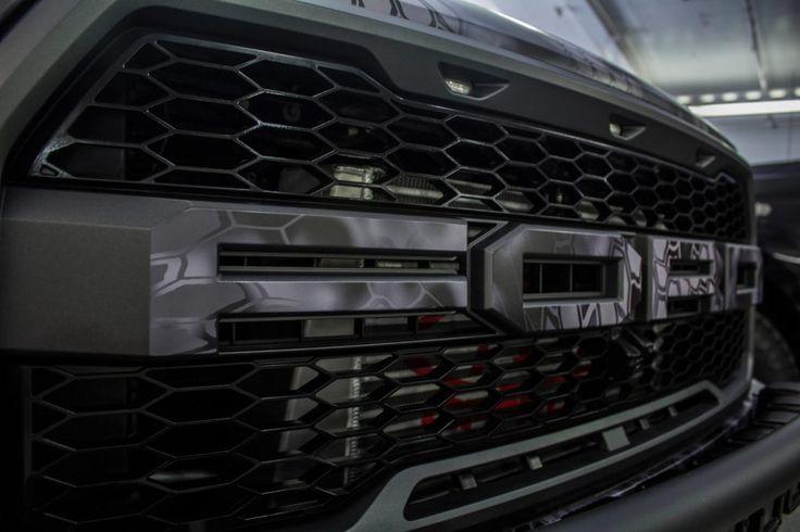 2017 Ford Raptor Grille