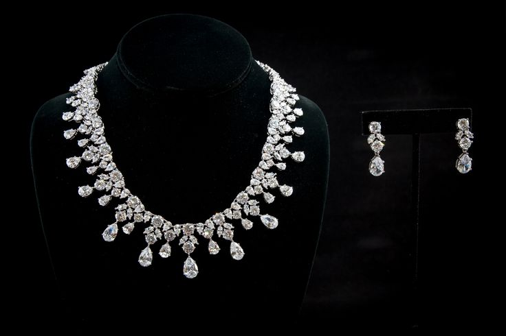 Fashion #Jewelry #wholesalejewelry #JewelryForWomen #JewelryForSale #fashion #style (213) 746- 1759