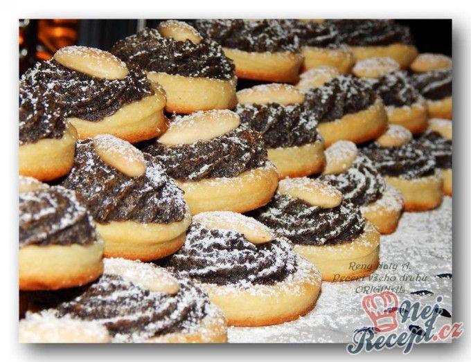 Makové mini koláčky na neděli