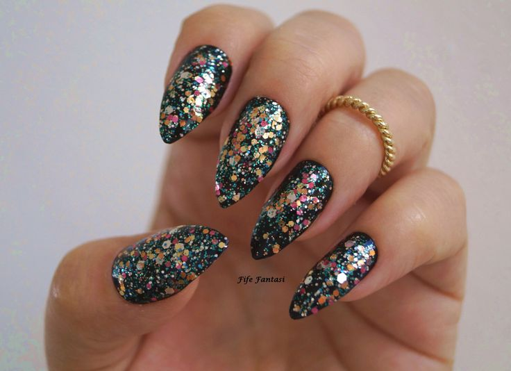 The 25 best acrylic nails coffin kylie jenner ideas on pinterest kylie jenner inspired nails black glitter stiletto nails stiletto nails nail designs prinsesfo Image collections