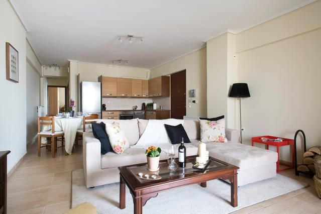 2 Bedroom Apartment in Piraeus to rent from £276 pw. With wheelchair access, balcony/terrace, Log fire, air con, TV and DVD.