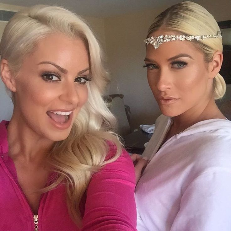 On Saturday, February 27, 2016, Barbie Blank (former WWE Diva Kelly Kelly) married retired NHL star Sheldon Souray at the El Dorado Beach Resort in Cabo San Lucas, Mexico. Amongst her bridesmaids was fellow former WWE Diva Maryse Ouellet Mizanin, wife of current WWE Superstar Mike Mizanin.