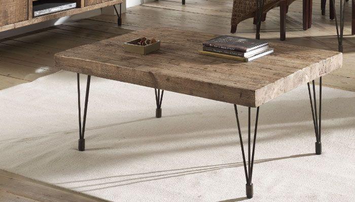 Table basse STORGARD Vieux pin recyclé - piètement fer vieilli Fabrication artisanale, les dimensions peuvent légèrement changer L 69 x H50 x P 43 cm