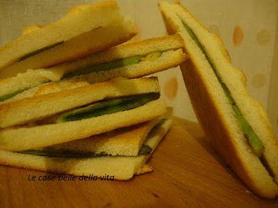 Le Cose Belle della Vita: Tramezzini al forno con zucchine e mozzarella