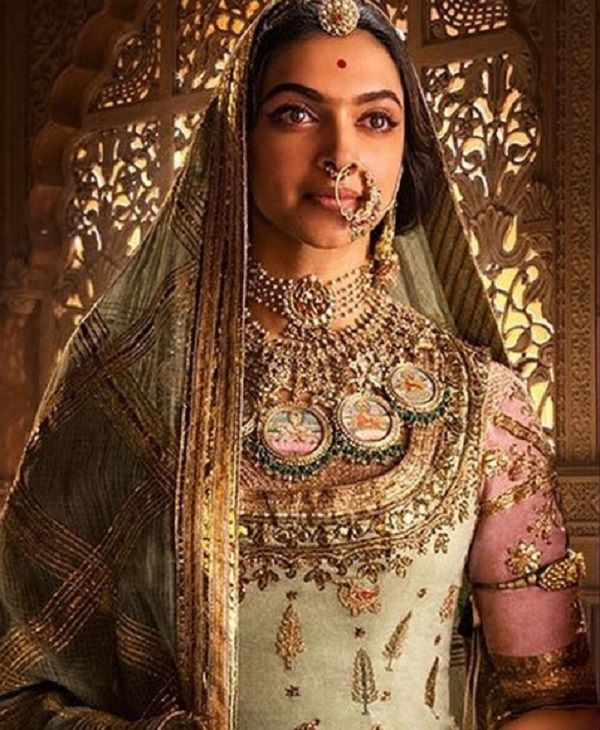 After Padmavati posters, Deepika Padukone will steal your heart with this photoshoot – view pic
