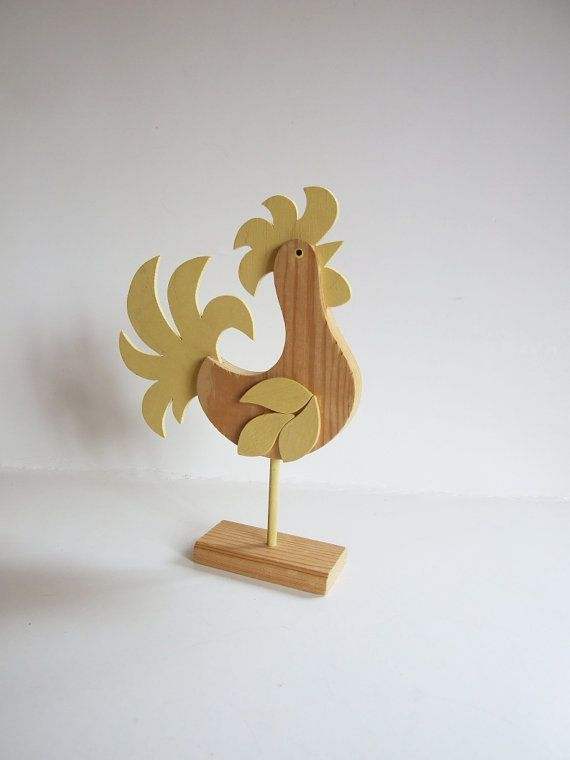 Folk Art Sweden Rooster // Bird 70s// Wood Yellow by tiendanordica