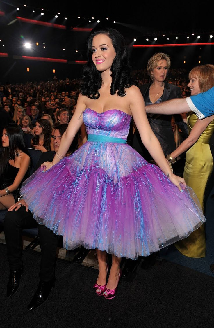 Katy Perry Dress | Here's a Cassiefairy version of the Katy Perry tutu dress, made from ...