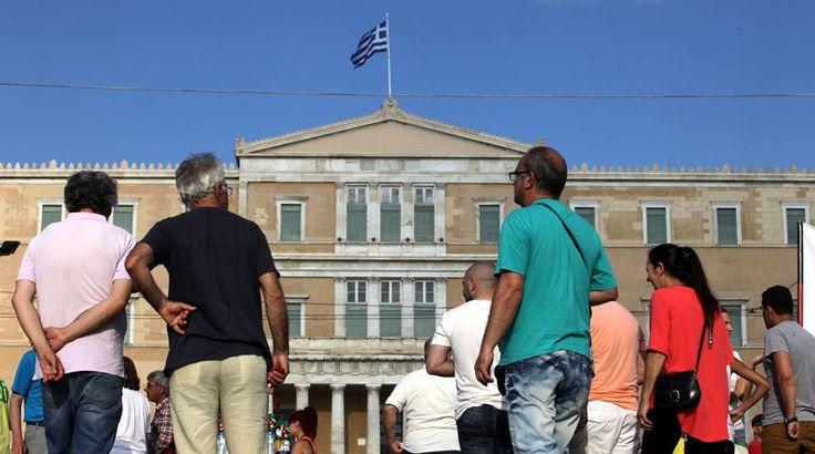 ΟΟΣΑ: Περισσότερο από όλους τους Ευρωπαίους εργάζονται οι Έλληνες