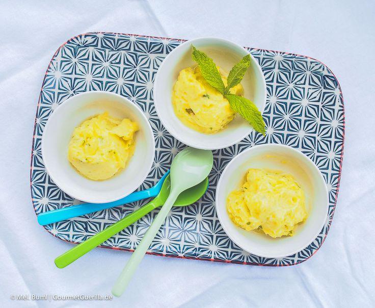 Das 2-Minuten Ananas Sorbet mit Rum und Minze. Hallo Karibik-Gefühl ohne Eismaschine!