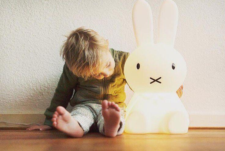 Natti natt ! 🌙 från bästa miffy !   📷 @ohyeahbaby.nl    #barnrum #kidsroom #barnrumsinredning #kidsdecor ⠀ #finabarnsaker #kidsinterior #kidsdesign #kidsperation #barneroom #inspirationforpojkar #kidsinspo #kidsdeco⠀ #nordickidsliving #kidsperation #myroom #barn #exklusiv #baby #inspirationforflickor #barnruminspo #barnrumsdetaljer #barnrumsinspiration #finahem #finabarnsaker #barnerum #mittbarnerom