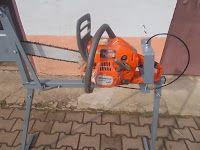 Scie cheval bois en support Drill Électrique fruit moulin Vis type log splitter cône: Chevalet de sciage
