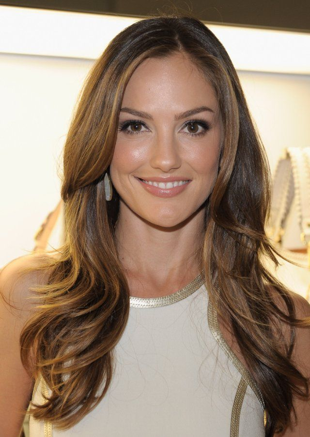 LOVE Minka Kelly's hair!