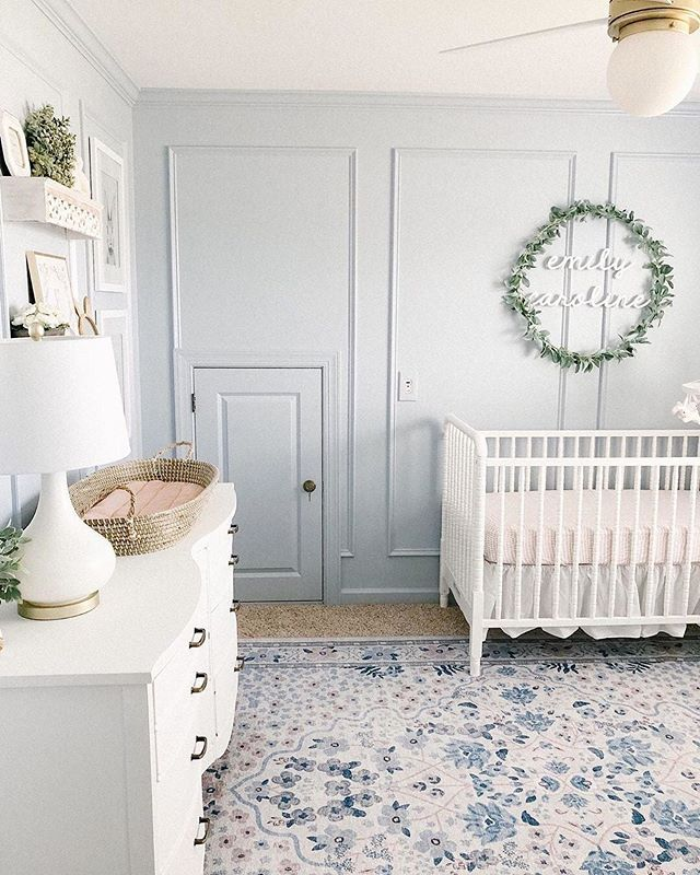Love The Framing On This Wall Such A Dreamy Space
