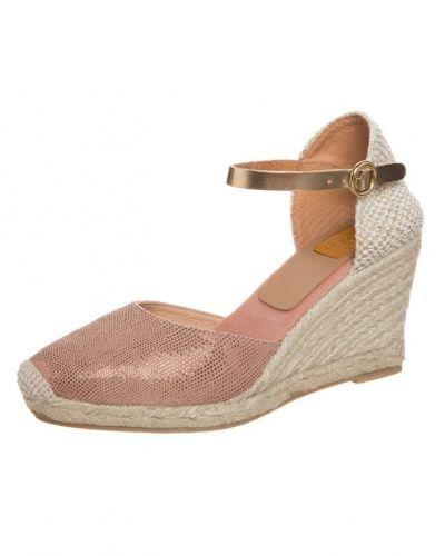 Högklackade sandal Kanna Sandaletter med kilklack make up/oxydo från Kanna