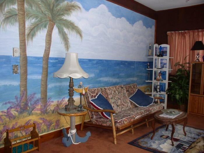 Palm Tree Mural In Apartment Living Room