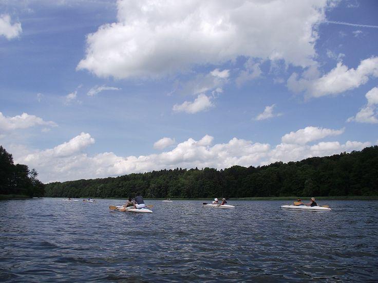 Innym popularnym w powiecie mrągowskim szlakiem kajakowym jest szlak rzeki Krutyni.  www.it.mragowo.pl
