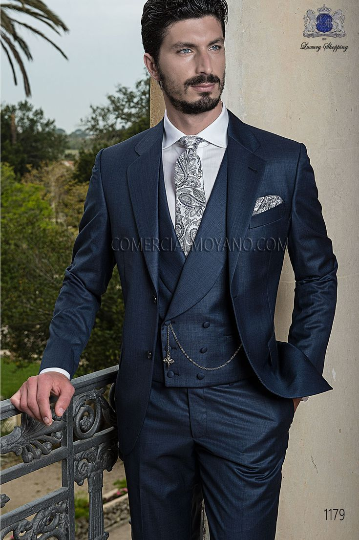 Traje de novio italiano a medida recto 2 botones, en tejido fil a fil azul medianoche modelo 1181 Ottavio Nuccio Gala colección Gentleman 2015.