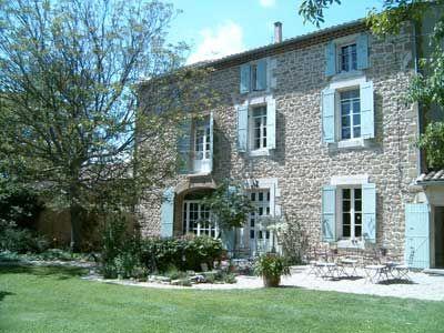 Propriété avec Chambres d'hôtes à vendre à Althen-des-Paluds en Vaucluse