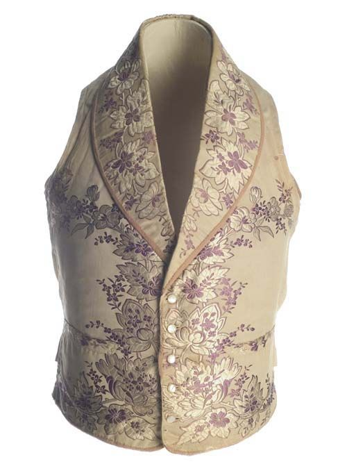 the most popular waistcoats in in the 1820s-1830s bear something called a shawl collar