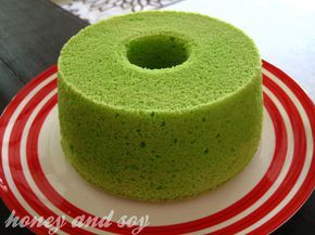 Pandan Chiffon Cake  (A)  4 large egg yolks  70g caster sugar  ¼ tsp salt  2-3 drops pandan extract  (B)  85ml oil (use any mild-flavoured oil)  115ml pandan juice  (C)  150g self-raising flour  1 tsp baking powder  (D)  4 large egg whites  70g caster sugar  ½ tsp cream of tartar Bake at 170C, 45mins