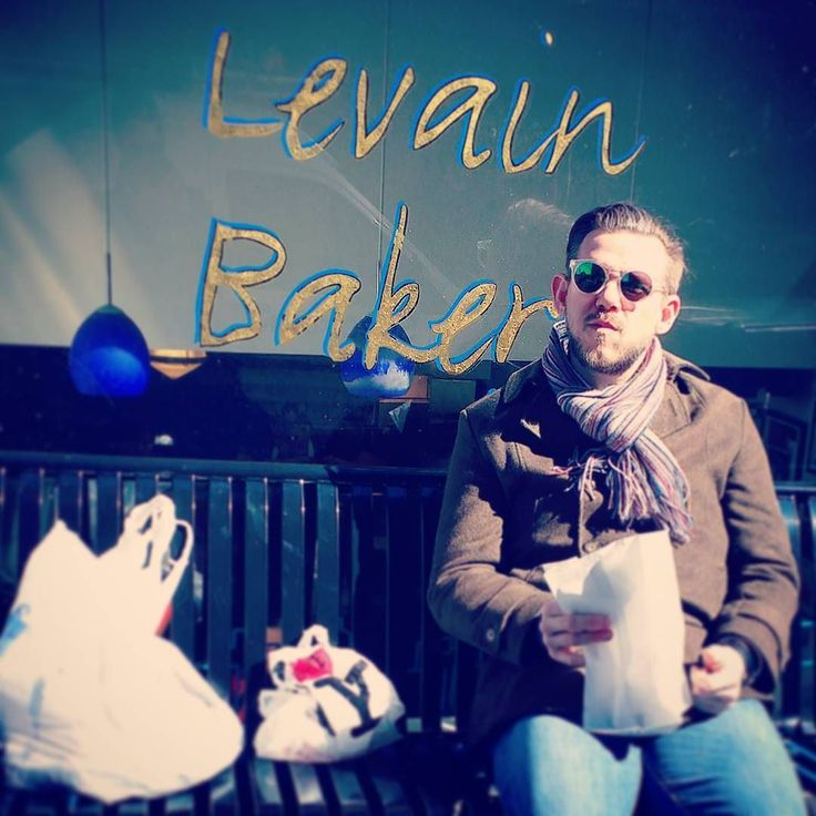 My easter eggs were promoted to an ingrediant for one of the best cookies in town.  #ny #newyork #nyc #newyorkcity #manhattan #uws #upperwestside @levainbakery #levain #levainbakery #bakery #newyorkbakery #foodienyc #foodies #cookie #cake #pastry #cakestagram #easter #sweets #eastereggs #easteregghunt #egghunt #sunshine #lovelife #travel #iloveny