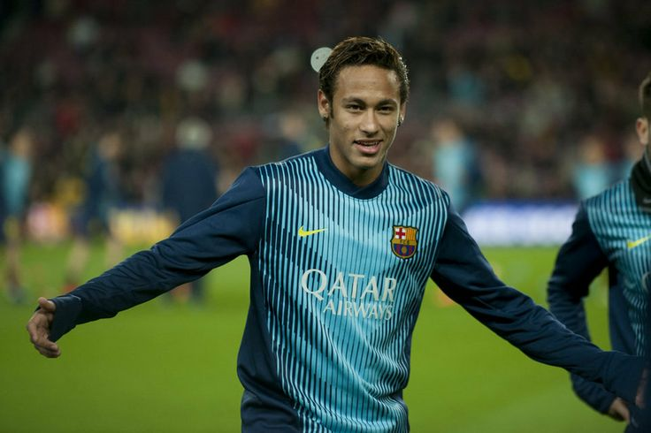 Neymar, calentando antes del inicio del encuentro