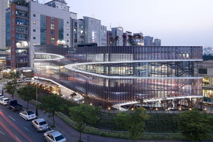Herma Parking Building Yongin Gyeonggi Province South Korea [25001667] http://ift.tt/2dAR8lb