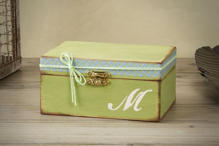 Colorful Wooden Keepsake Boxes Tutorial - Live.Craft.Love.