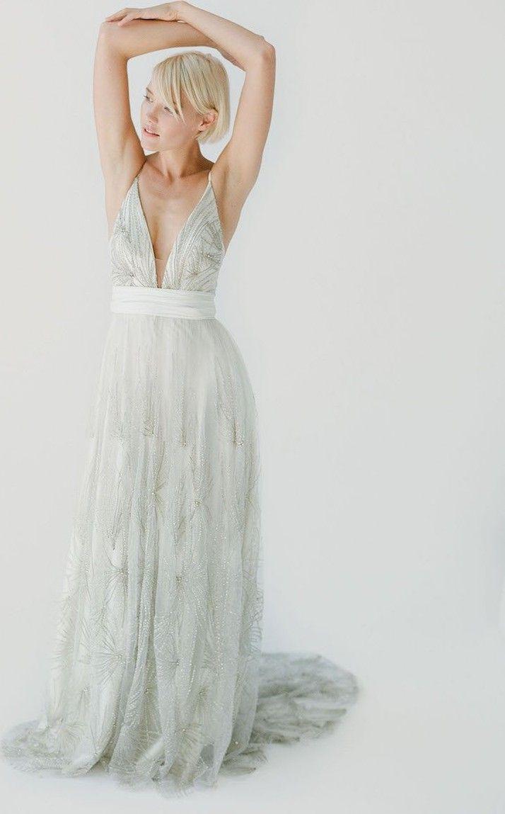 Truvelle Kyra Sample Wedding Dress Save 75 Tea Length Bridesmaid Dresses Wedding Dress Bustle Preloved Wedding Dresses [ 1149 x 714 Pixel ]