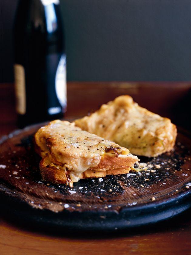grilled cheesy leek toast