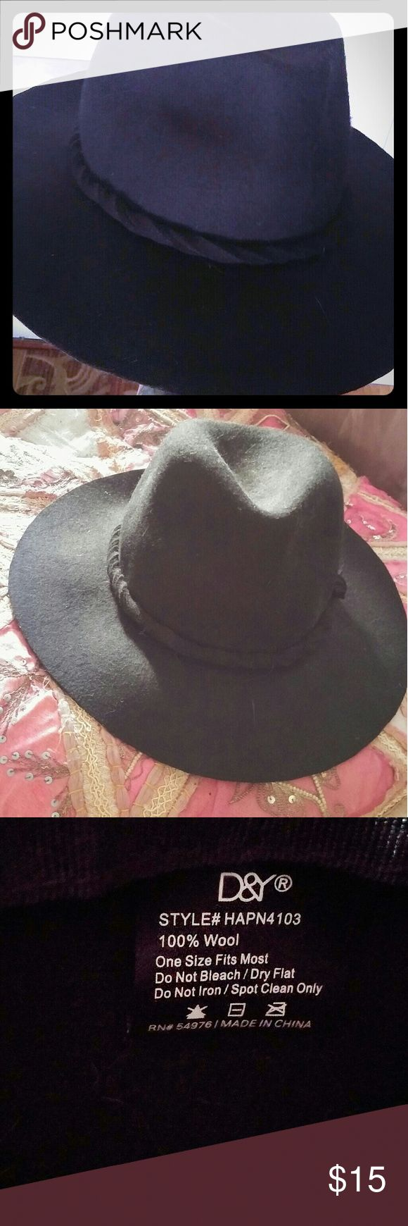 Black hipster hat Soft formed so won't wrinkle or break. No flaws Accessories Hats