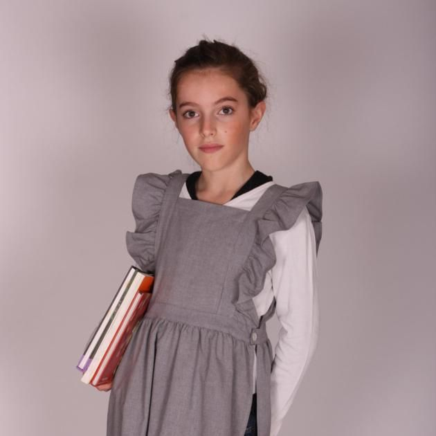 emilie tablier ecole fille chasuble gris a partir de 24 pour mes enfants pinterest. Black Bedroom Furniture Sets. Home Design Ideas