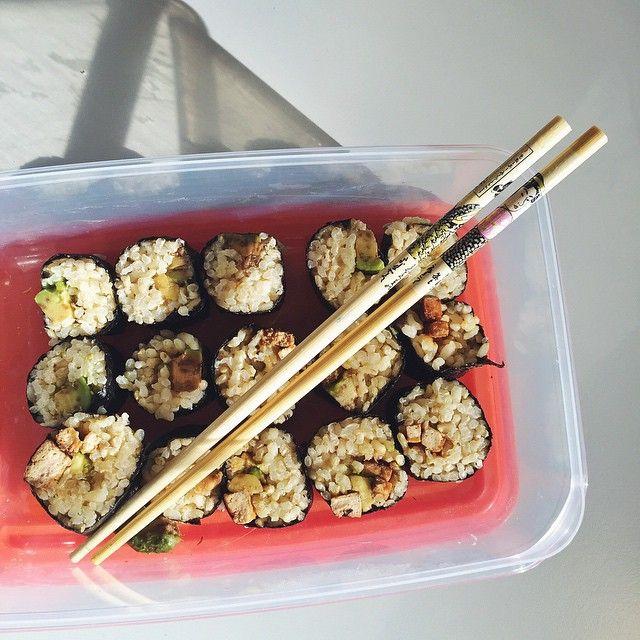 Vegan Sushi rolls #nutricion #nutrition #healthy #saludable #salud #sushi #uem #madrid #dieta #nutricionista #foodporn #yum #vegetarian #vegetariano #vegan