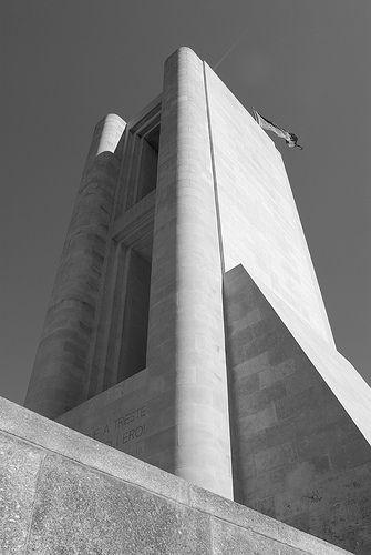 TERRAGNI monumento ai caduti