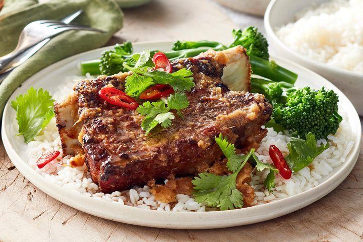 Korean-style roasted beef ribs