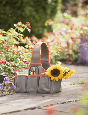 @Gardenerssupply has designed this essential tote to keep tools and supplies handy while working outdoors! It is easy to carry and the waterproof bottom keeps contents dry.