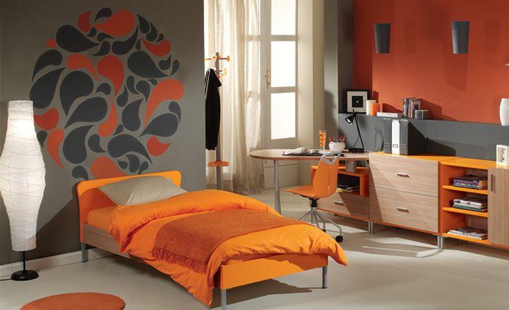 Ζωγραφική στον τοίχο σε δωμάτιο εφήβου με zen γεωμετρικά σχήματα. Δείτε περισσότερες ιδέες διακόσμησης για το παιδικό ή εφηφικό δωμάτιο στη σελίδα μας  www.artease.gr