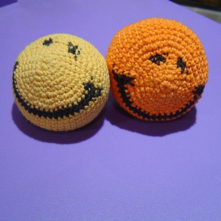 Купить смайлик вязаный) - смайлик, улыбка, мячик, антистресс, 100% хлопок нитки