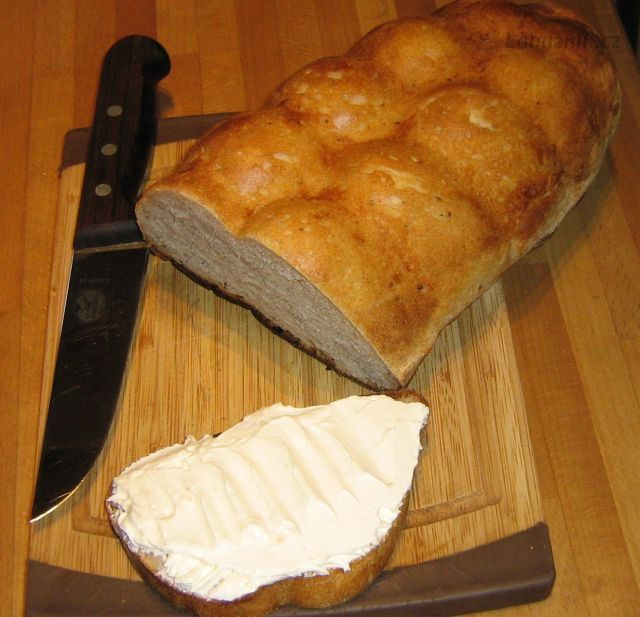 Domácí lučina od Kudlanky a domácí chléb ze syrovátky